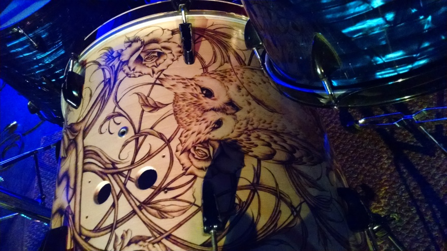 150720 - those dirty thieves bass drum - grandbar:photo by Drumnmike